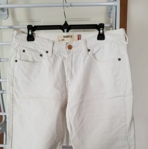 Ladies white 515 Levi's red tag shorts 10